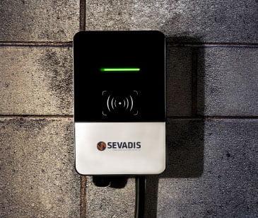 sevadis compact wall charger