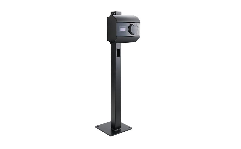 Scatalo single power on a pedestal